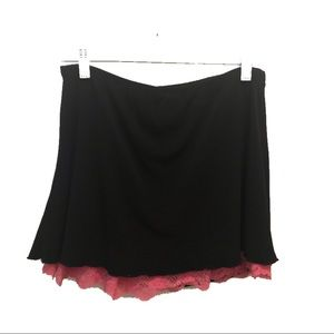FOREVER 21 | Black skirt with peekaboo pink lace M
